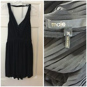 Maje black sleeveless pleated cocktail dress FR 36